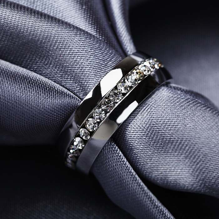2015 Classic Rings,Fashion Jewelry Engagement Wedding Gift Rings Channel-Set Eternity 316L Stainless Steel,Free Shipping (R2002)(China (Mainland))