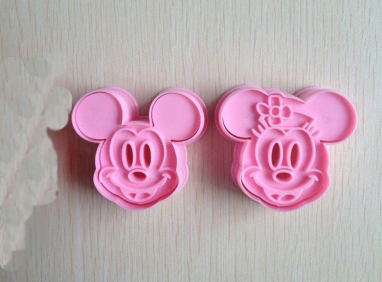 Free shipping 2PCS Mickey Mouse  shape mold sugar Arts set Fondant Cake tools/cookie cutters good