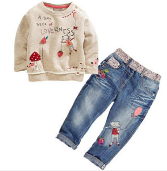 Гаджет  new baby girl clothing baby girl clothes set(jeans+long sleeve Tops)free shipping children clothing set round collar beige None Детские товары