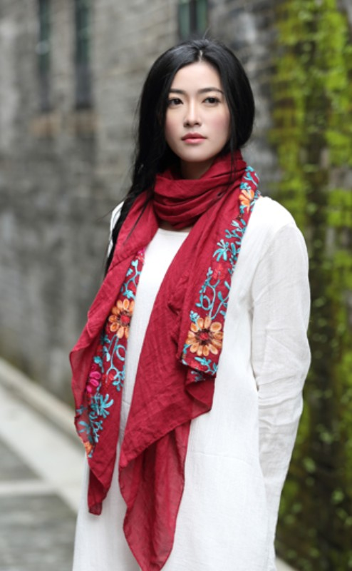 New Embroidered Scarves and Shawls for Women Fashion Design Artistic Style Bandana for Ladies women's Embroidery flower scarf(China (Mainland))
