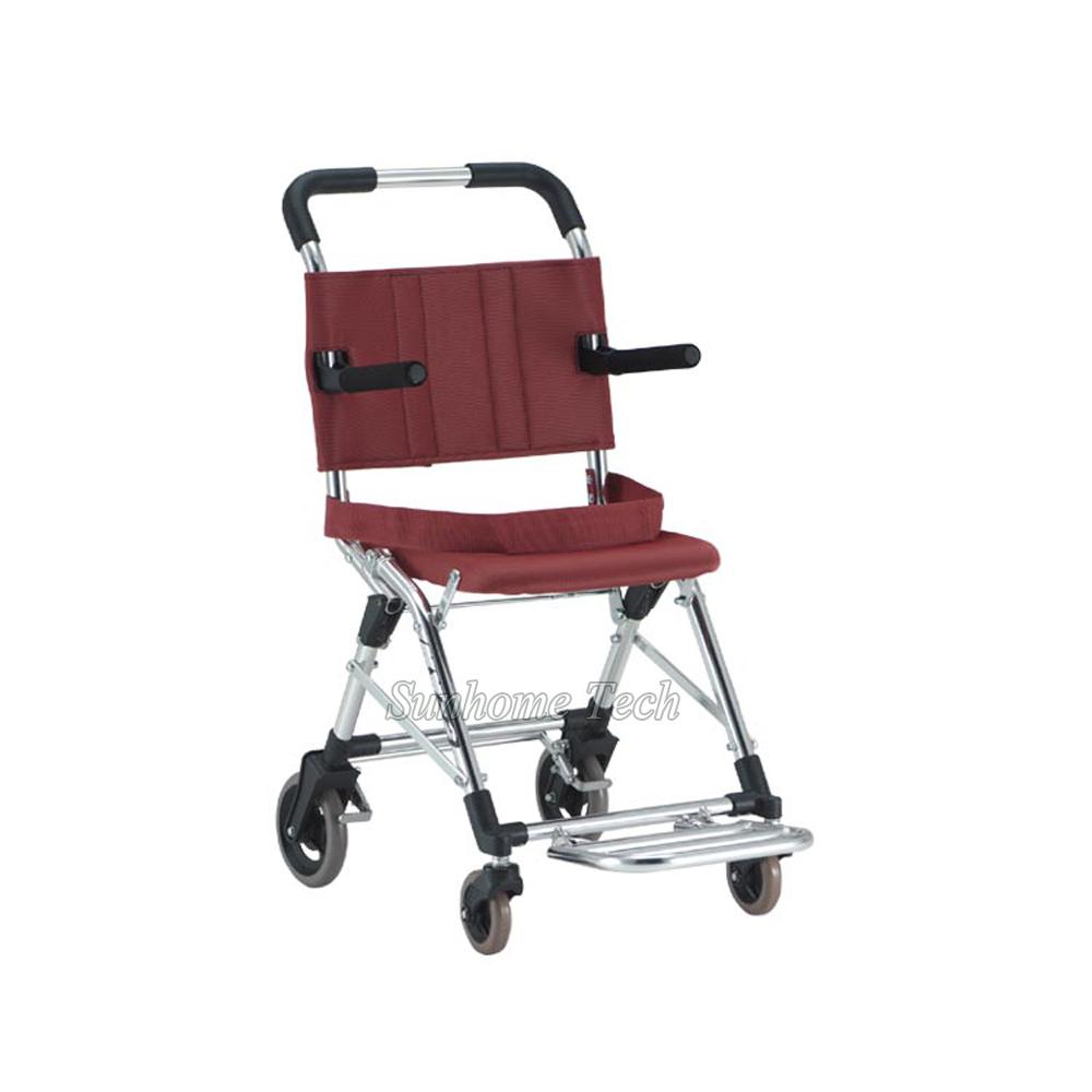 Compra plegable ligera silla de ruedas online al por mayor - Silla de ruedas de transferencia plegable y portatil ...