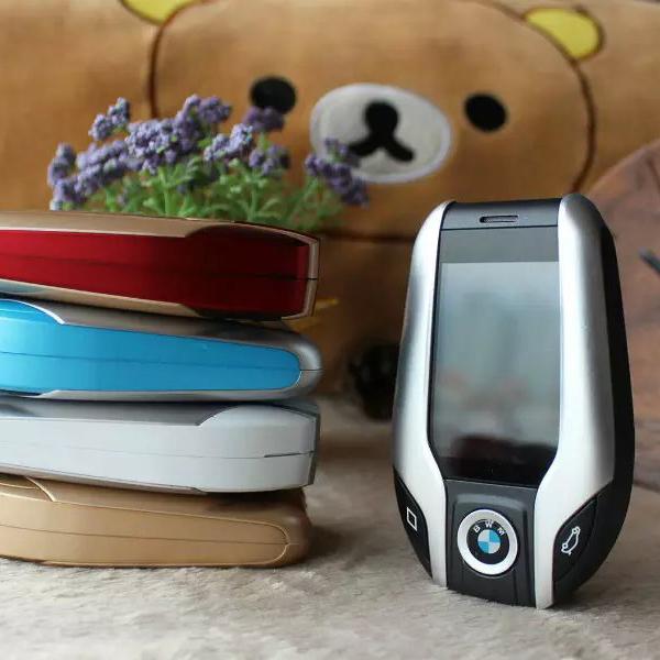 Luxury Car Key I8 Mobile Phone With 2.2 Inch pocket students personality children Cartoon Sports Car Mini Phone(China (Mainland))
