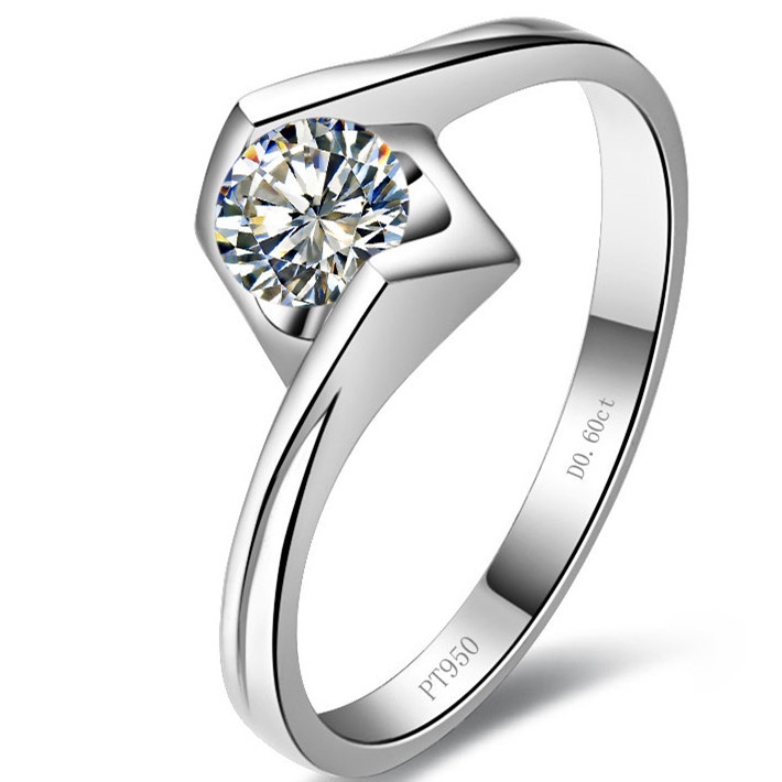 New Angel Kiss Style 0.5 CT Genuine G-H Color Moissanite Women Engagement Ring Test Real Solid 18K Gold Wedding Ring(China (Mainland))