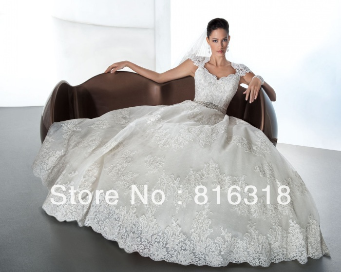 Vestido de noiva 2016 keyhole back princess wedding dress for Lace cap sleeve keyhole back wedding dress