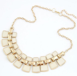 Hot On Sale Elegant Exaggeration Square Plated Flash Crystal Metal Chain Necklace Women Necklace for Party Jewelry, 747(China (Mainland))