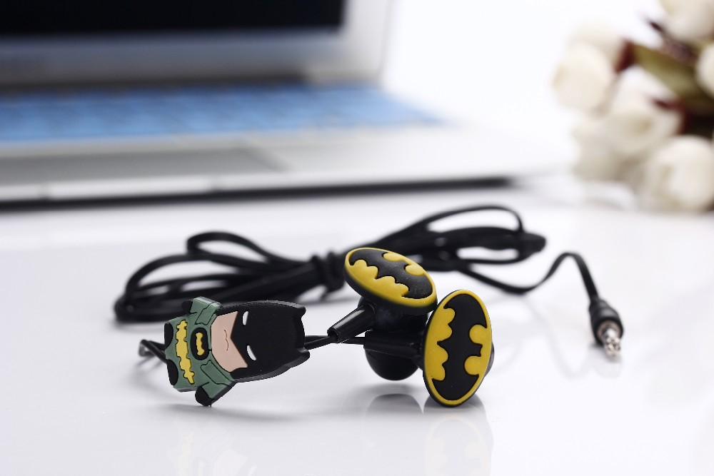 Cartoon Batman 3.5mm in-ear Earphone Headset Cute Batman Earphones Earbuds for iPhone Cellphone Mp3 for iPad New Gift Earphone
