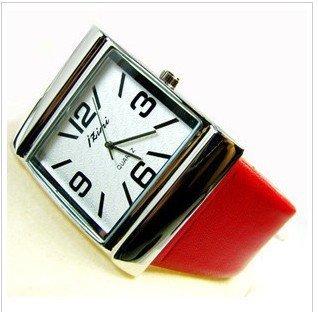 wholesale  fashion watch/Free shipp Wrist Watch love  02hot Fashion 2010 spring