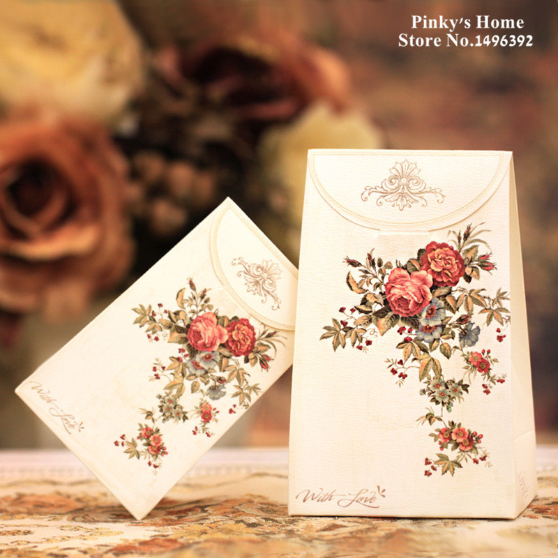 8PCS/LOT Vintage European Style Printing Gift Bag Hand-folded Paper Bag Wedding Party Valentines Day Gift Bag Cookie Packaging(China (Mainland))