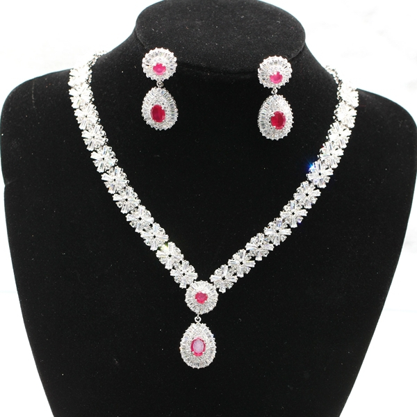 New fashion Noble  jewelry 18kt gold filled natural ruby/emerald Austrian crystal necklace earrings set for women 4colors