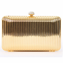 Woman new brand 2016 European women's fashion fringe metal hard boutique clutch tin solid square cross Lady casual evening bags