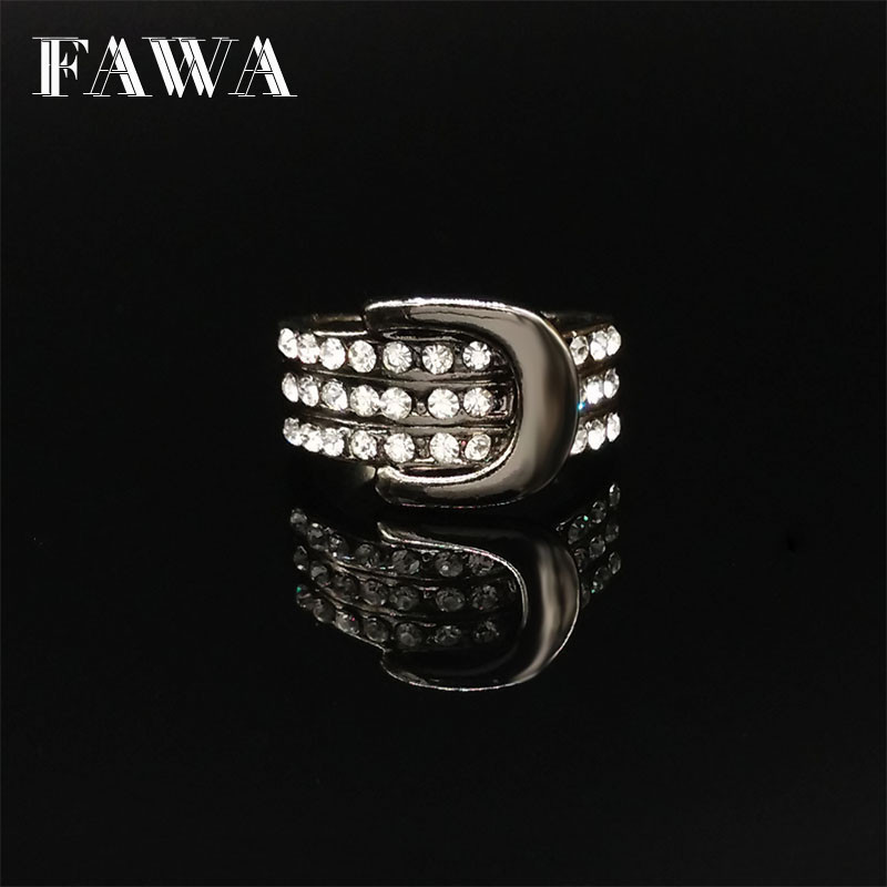 Top Quality Punk Belt Rings for Women and Men Fashion Jewelry Party Imitate Diamond Black Silver Gold Plated Statement Ring