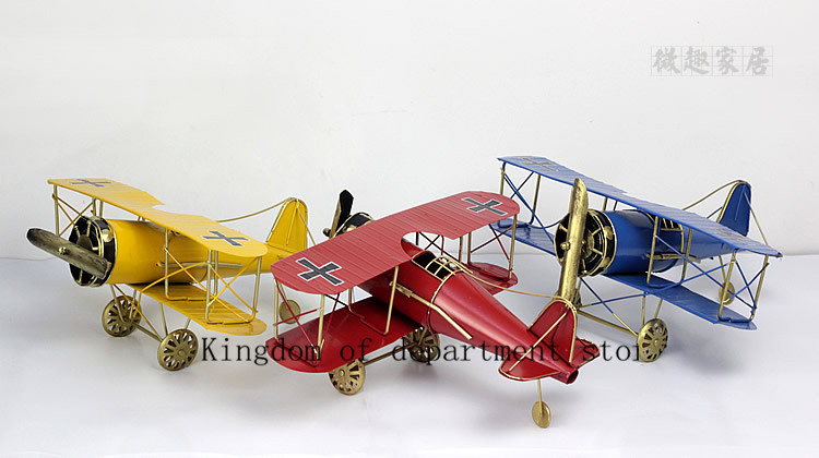 World War II fighter plane model manual iron tin ornaments, shooting props(China (Mainland))