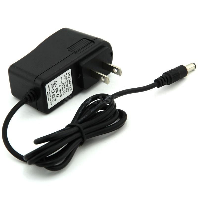 US/EU Plug AC 100-240v DC 8.4v Charger for XM-L T6 / P7LED Bicycle HeadLight and Headlamp Light Battery pack(China (Mainland))
