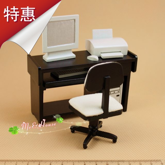 G05-X077 children baby gift Toy 1:12 Dollhouse mini Furniture Miniature baby wooden computer desk 1pcs(China (Mainland))