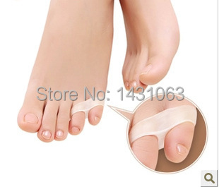 1pair Little toe pinkie thumb for daily use Silicone gel Toe bunion guard foot care little toe finger toe separator(China (Mainland))
