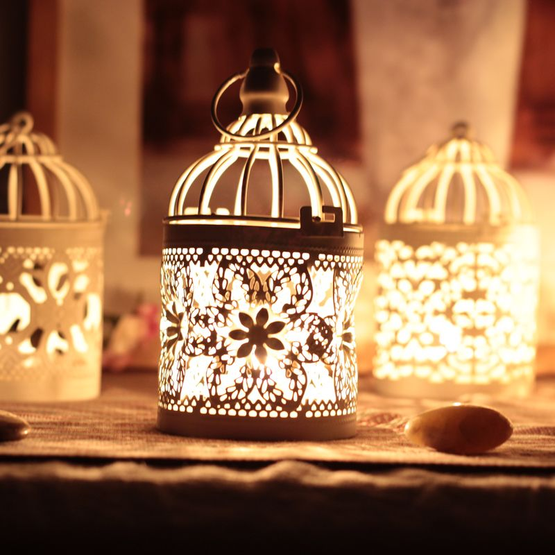 2016 popular metal hollow out candle holder , chic white metal lantern,Christmas home/patio decoration(China (Mainland))