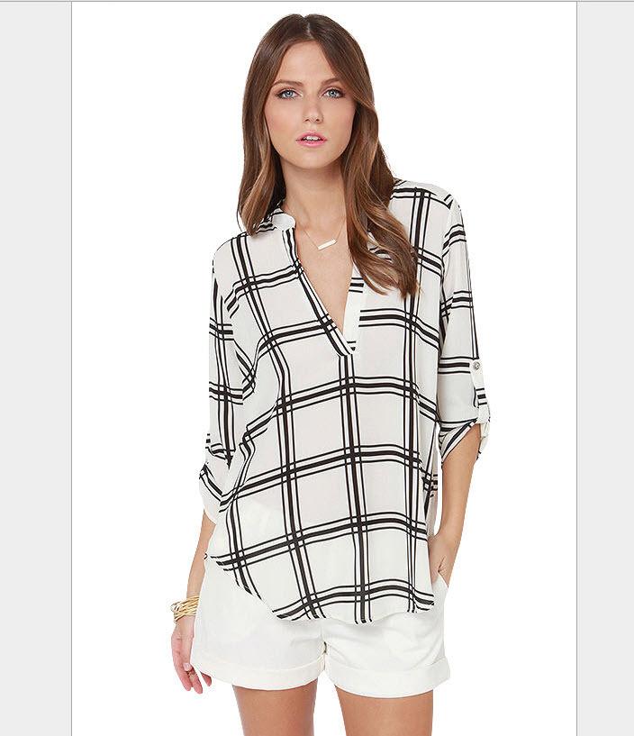 2015 New Ladies Black And White Line Print Deep V Neck