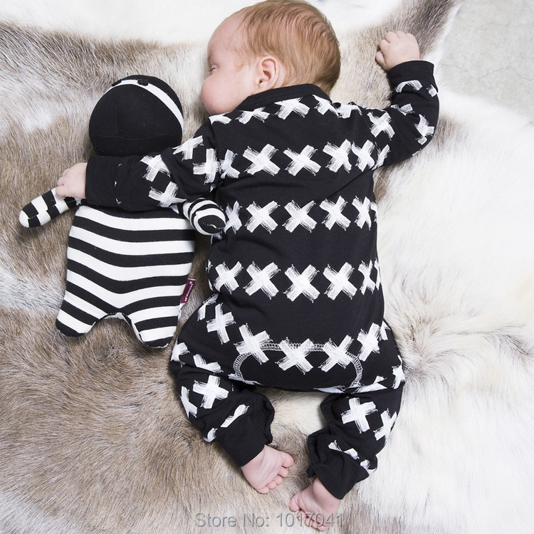 2016 New autumn spring cotton baby boy clothes long sleeve X printed baby rompers newborn clothes infant clothing(China (Mainland))