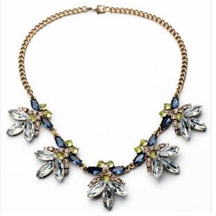 Гаджет  Sweet Fresh Wild Flower Necklaces Bohemian Charm Choker Necklace For Women 2015 Hot Selling European Statement Necklace N973A None Ювелирные изделия и часы