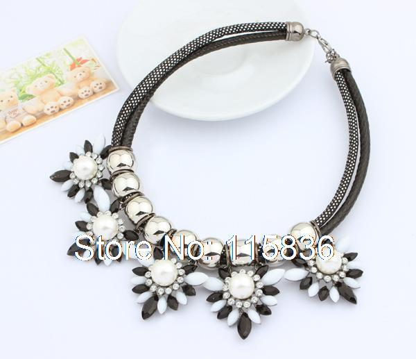Europe punk metal flower pendant necklace fashion exaggerated black chain women statement choker necklace DL908573(China (Mainland))