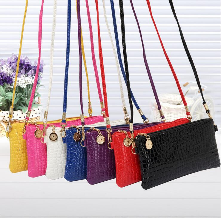 2016 summer new woman Crocodile pattern messenger bag Femal fashion Crocodile pattern small square purse phone package HYX230(China (Mainland))