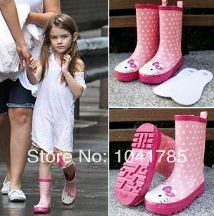 2014 Cartoon hello rainboots,kitty Pink Pig Kids Rainboots Rubber girls Rain Shoes Fashion 100% Waterproof Shoes(China (Mainland))