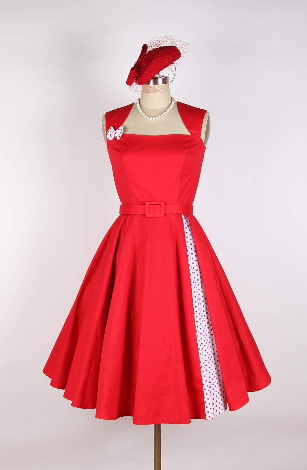 Red Rose with polka dot 50s 60s Rockabilly Flower Pattern ...