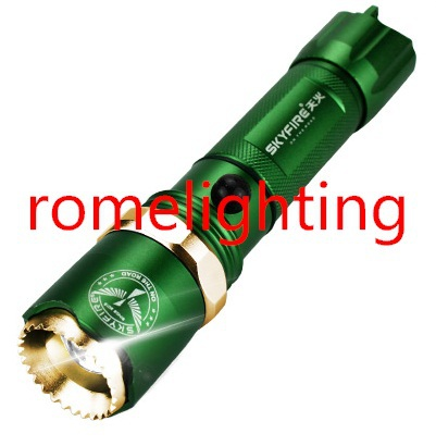 small waterproof Leds flashlight from 300m distance zoomable rechargeable for outdoor home riding hunting(China (Mainland))