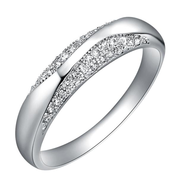 Korean Vintage Women Rings Pave Setting 38 PCS Stones Designer 2015 Fashion CZ Diamond Jewelry Bague Anillos Joyas Ulove J209(China (Mainland))