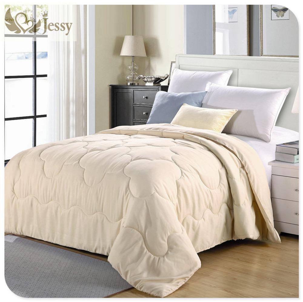 plumes couette achetez des lots petit prix plumes couette en provenance de fournisseurs. Black Bedroom Furniture Sets. Home Design Ideas
