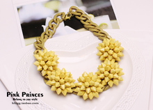 Fashionable And Exaggerated Short Style Thick Necklace For Woman