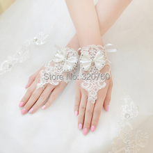 Korean Wrist Flower Lace Diamond Bridal Gloves