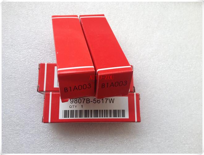 High performance NGK spark plug MADE IN JAPAN IZFR6K11 (9807B-5617W ) for HONDA GENUINE PARTS(China (Mainland))