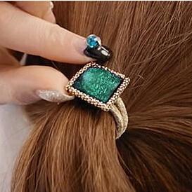 2016 hot sell Box resin diamond gold chain handmade rubber band head(China (Mainland))