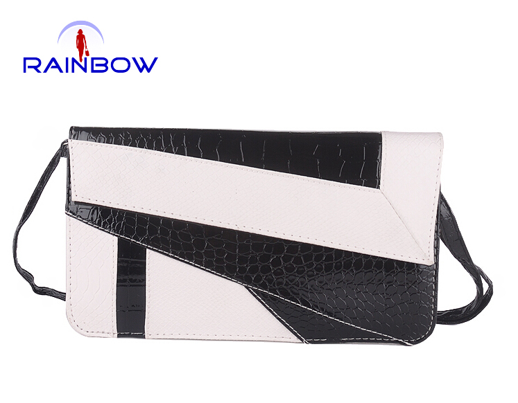 2015 new women's handbags serpentine day clutches envelope bags vintage shoulder messenger bags(China (Mainland))