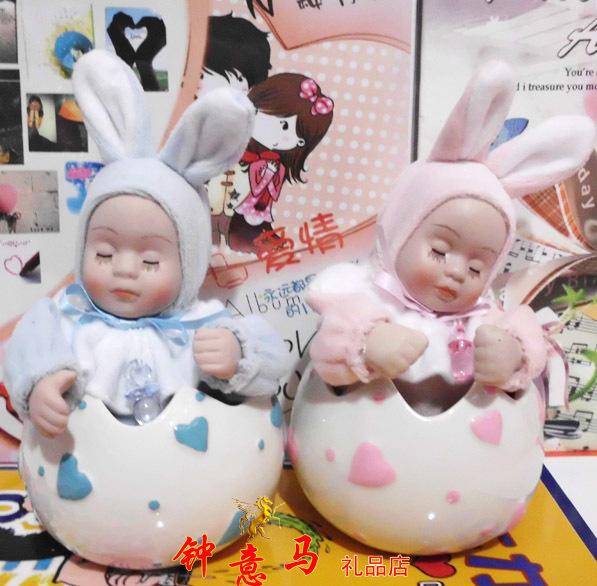 Eggshell music box ceramic shook his head doll girls gift