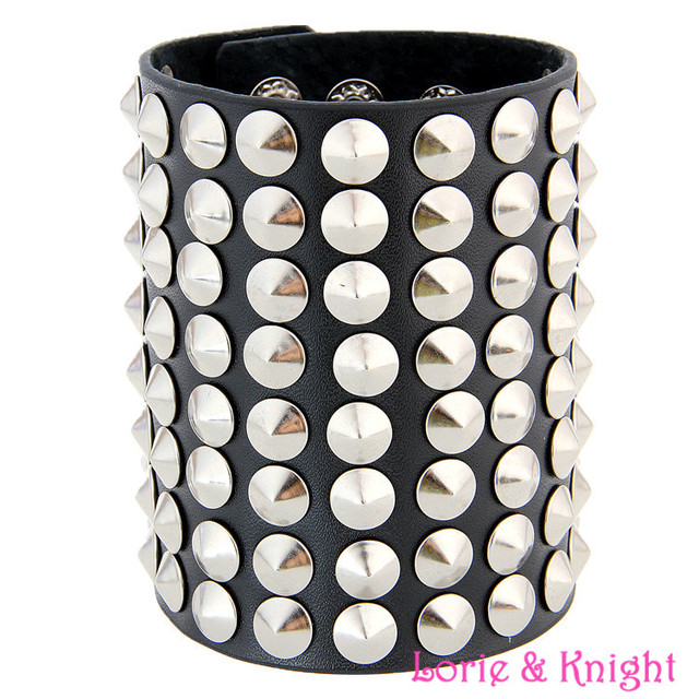 Europe Exaggerated Rivet Black Leather Wrister+Ring