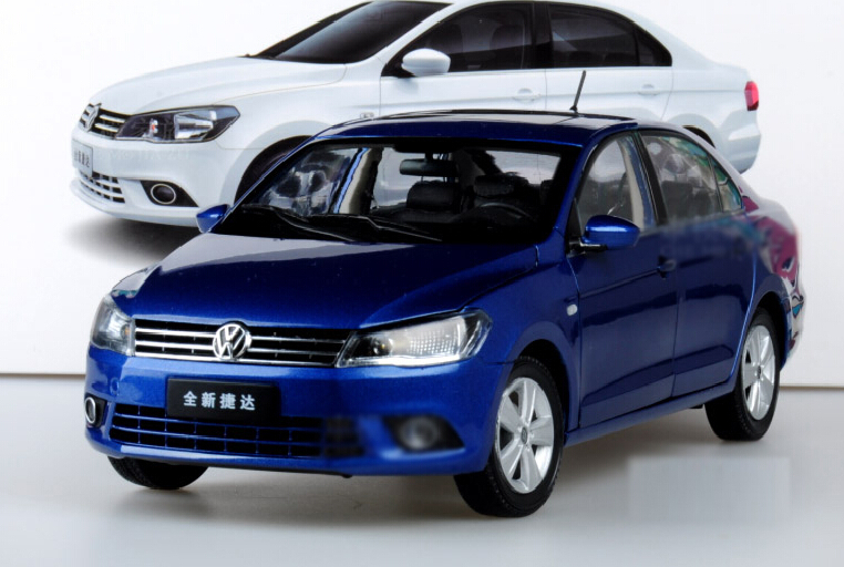 Blue 1:18 Volkswagen VW New Jetta 2013 Alloy Model Diecast Show Car Classic toys Scale Models Toy Car(China (Mainland))