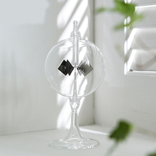 Solar Radiometer Ornaments New Home Desktop Decoration Smallest Solar Powered Radiometer In The World Solar Power Windmill(China (Mainland))
