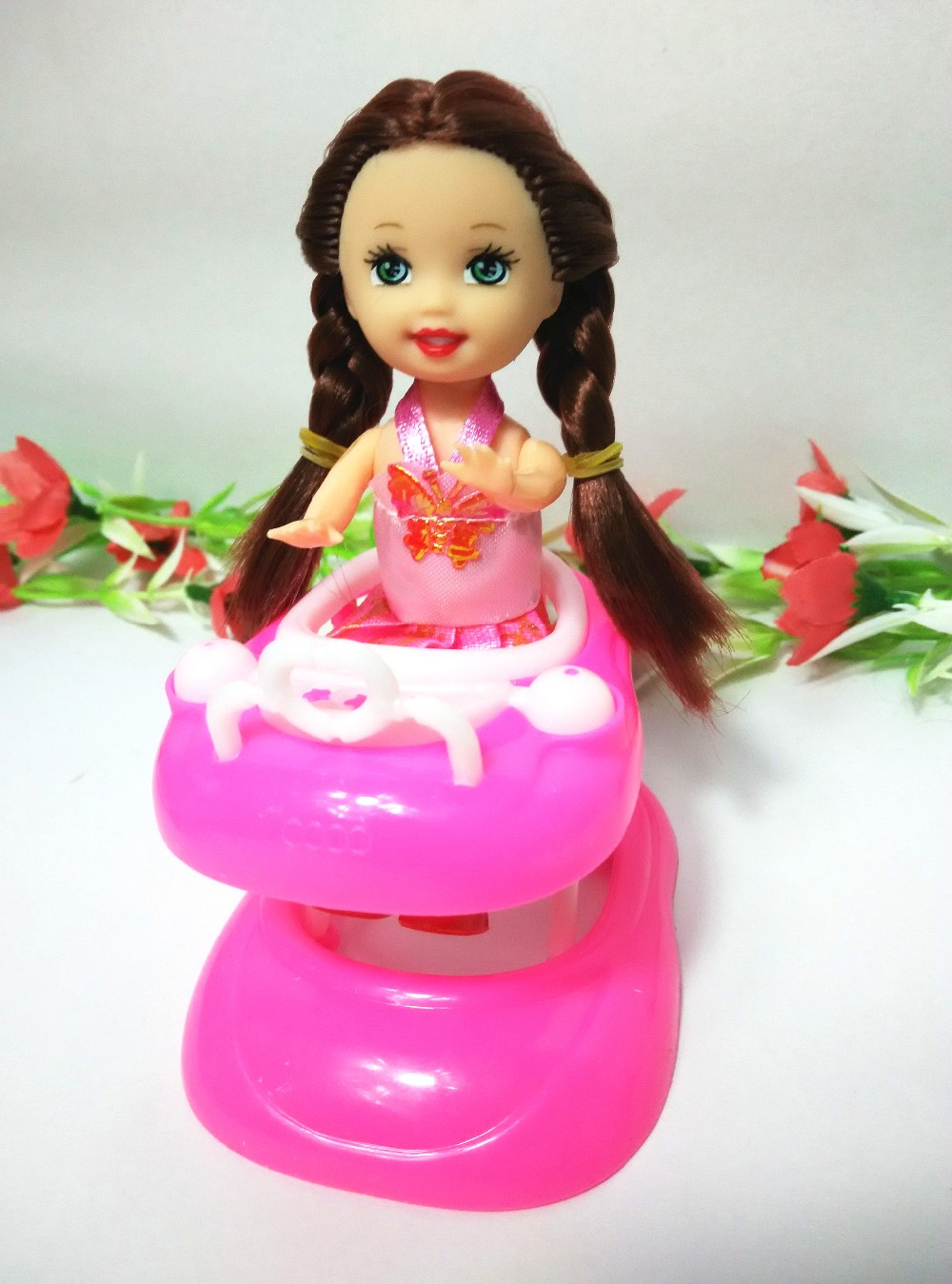 Child's play home toys Together with the kelly dolls Doll Equipment Handmade Doll's Plastic child walker For Barbie Dolls  aa89