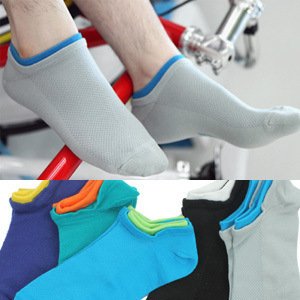 20 pieces=10pairs of Summer color mesh cotton men ankle socks candy color fake two male socks(China (Mainland))