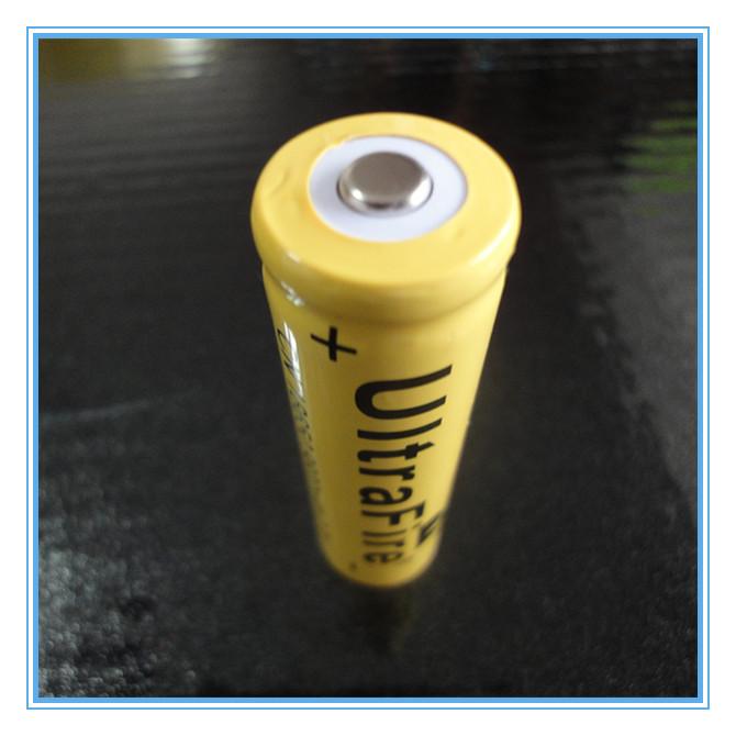 8 PCS Li ion 9800mAh 3 7V Rechargeable Battery 18650 for LED Torch Flashlight