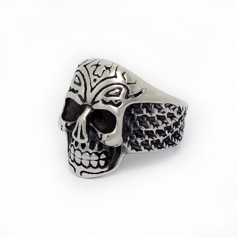 Fortunately death squads quit explosion models titanium steel male skull ring exaggerated influx of men thumb ring SA541(China (Mainland))
