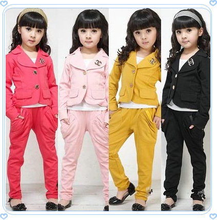 Wholesale and retail 2014 spring and autumn children set fashion children girls classic chic set twinset set+free shipping