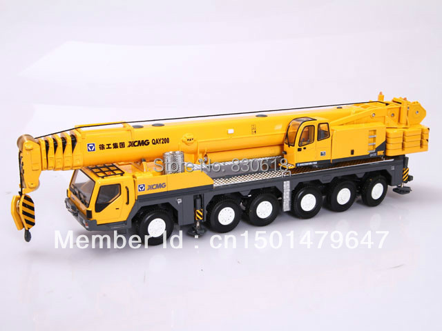 1/50 scale XCMG QAY200 Mobile Heavy all terrain Crane Metal Die Cast toy(China (Mainland))