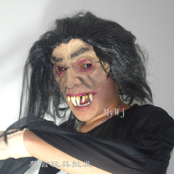 2015 free shipping Halloween horror Half Face Long fangs scary latex Funny ghost mask(China (Mainland))
