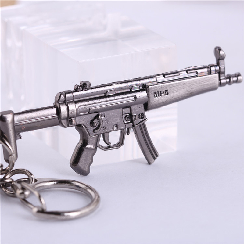 6.5CM CF Submachine gun MP5 Keychain Mini Metal Weapon Model KeyRing Collectable Gun Military Fans Gift<br><br>Aliexpress