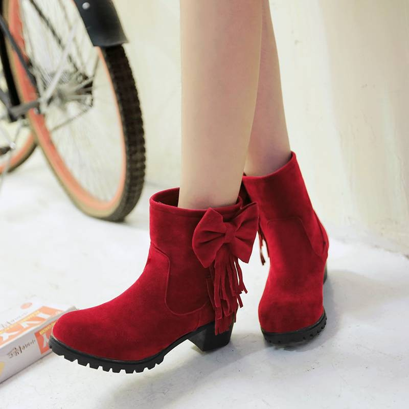 ซื้อ พลัสSize34-43 2016แฟชั่นใหม่ผู้หญิงฤดูใบไม้ร่วงพู่บู๊ทส้นหนาแพลตฟอร์มรองเท้าขี่ฤดูหนาวสตรีหิมะบู๊ทส์SBT2944