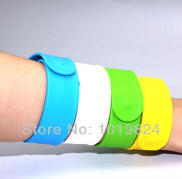 100% real capacity colorful bracelet wrist band USB Flash drive Memory Pen Drive Stick2GB 4GB 8GB 16GB S526(China (Mainland))