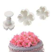 Hot 3PCS Fondant Pastry Cookie cutter mold flower four leaf clover biscuit Luck cake bake(China (Mainland))